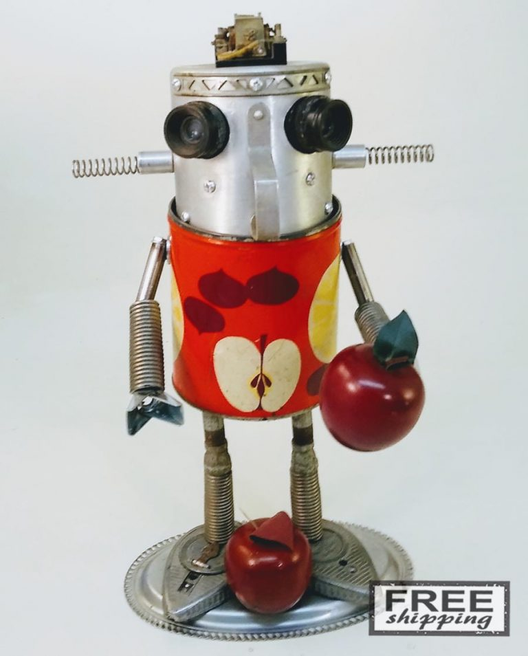 Johnny-Apple-Bot-No.2-Jones-Robo-Works-1