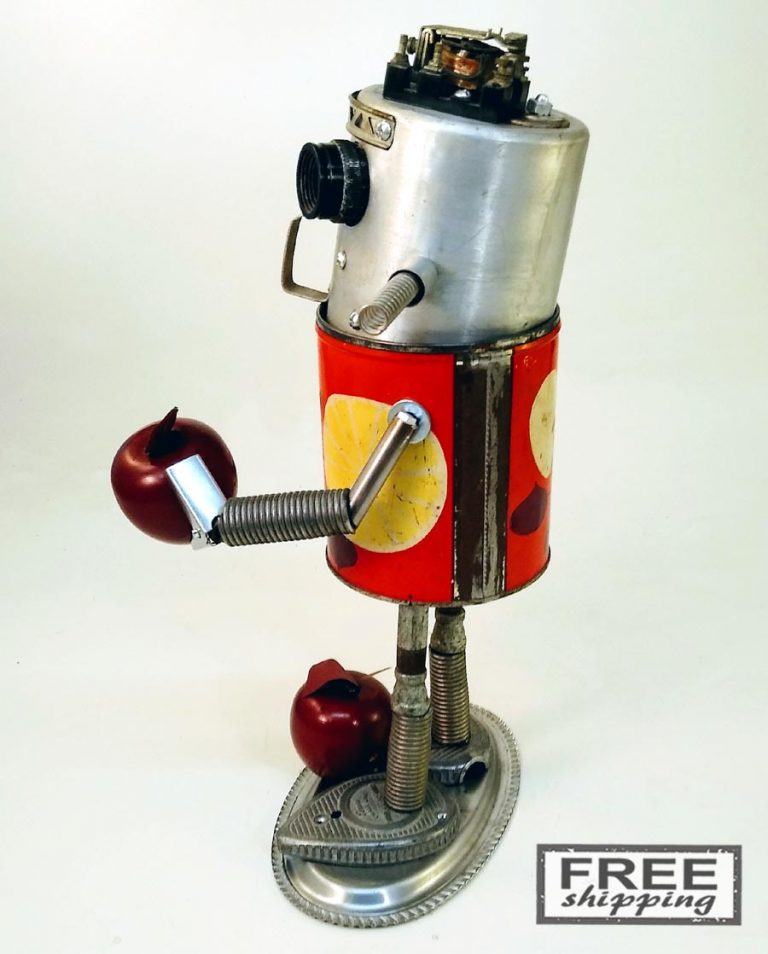 Johnny-Apple-Bot-No.2-Jones-Robo-Works-4