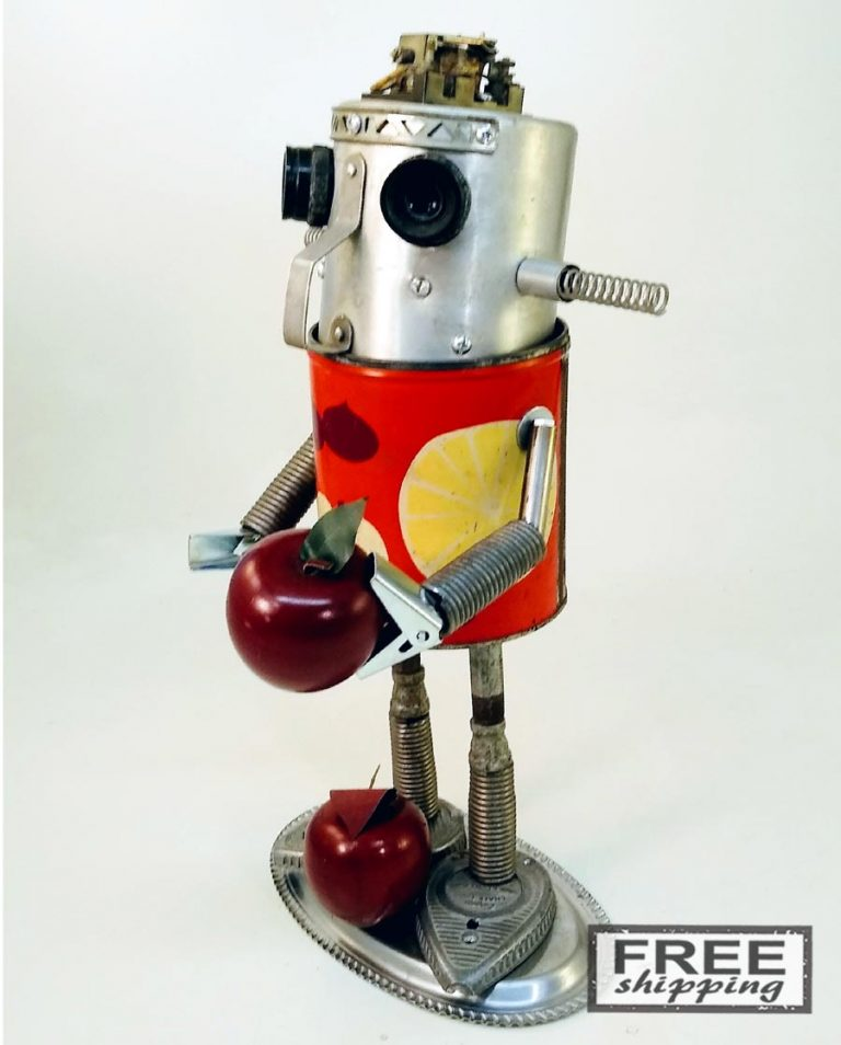 Johnny-Apple-Bot-No.2-Jones-Robo-Works-5